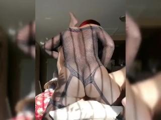ebony ts mounts a blindfolded lady