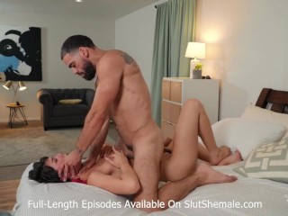 sexy transexual huge dick fucks lover anal