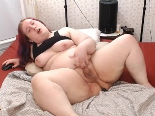 fine shemale rides booty and Cums on a Table